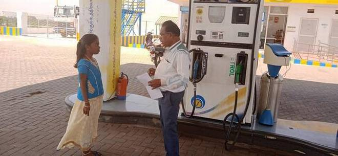 Reciting Thirukkural gets you a Free Litre of Petrol in TN